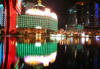 The dizzying sights of Macau's casino nightlife